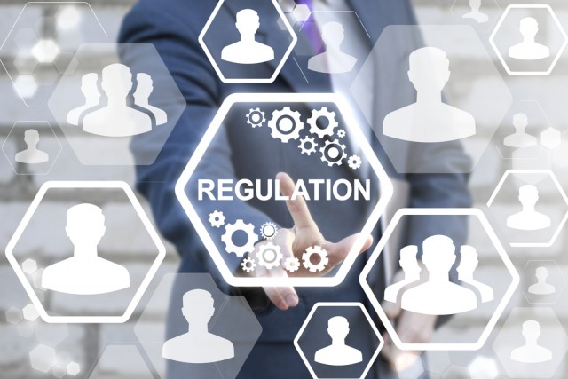 What regulatory risks are there to cryptocurrencies